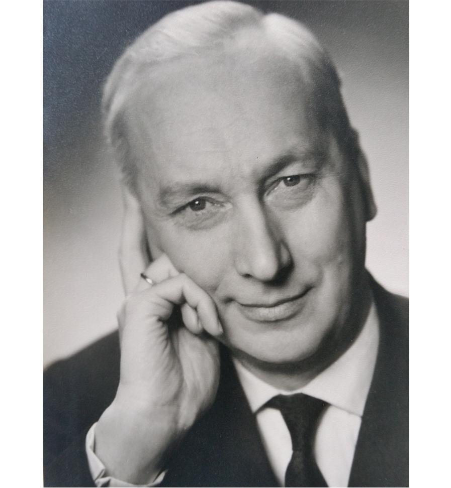 Prof. Dr. Georg Hutarew